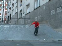 Warren Digne represent Rollerblade, Nomades Skate shop and Fenfanix Here's a video of Warren, who trail the cities of France in the suburbs of Paris, Marseille and Carentan.   Filming by: LioneL B, Xavier Raimbault, Patrice Moller, ludovic D an...