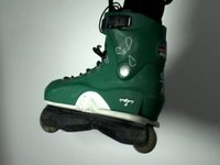 testing the USD Al Hooi skates